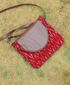 NSA-red-purse-01